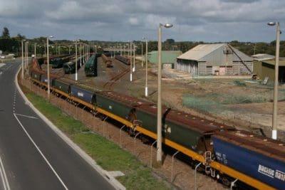 Trucks bear load as Victorian rail impasse bites - Grain Central